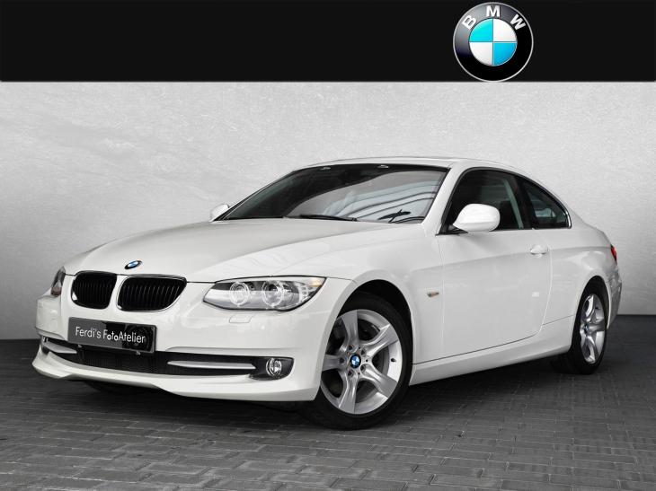BMW320d_01